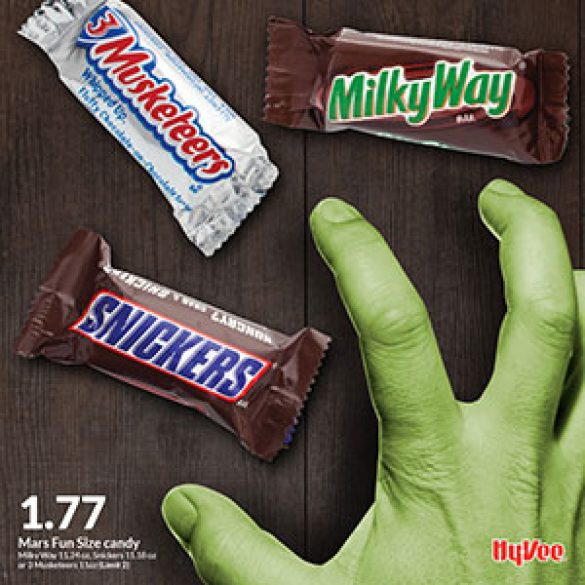 Hy-Vee Halloween Candy Promotion Social Media Posts
